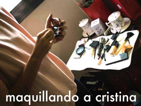 Maquillando a Cristina